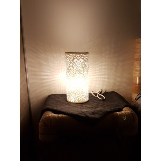 Lampe de salon tube en porcelaine design marguerite